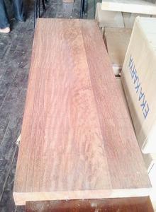 Papan pijakan anak tangga kayu Merbau sambung 2 layer