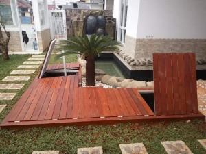 Decking kayu Merbau untuk taman