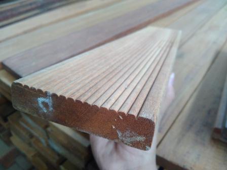 deck kayu